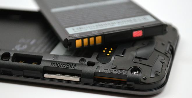 5 lý do có thể làm pin smartphone phát nổ và cách đề phòng